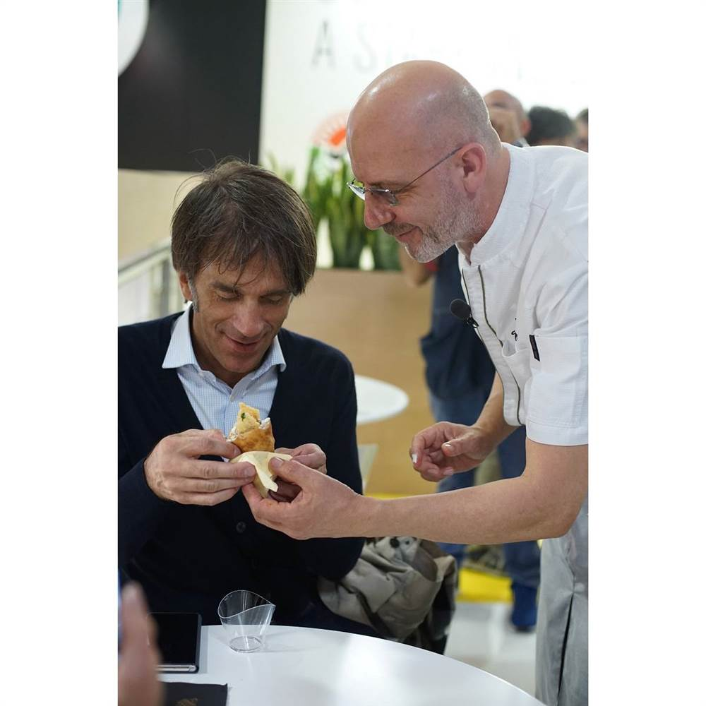 Chef Franco Pepe con lo Chef Davide Oldani