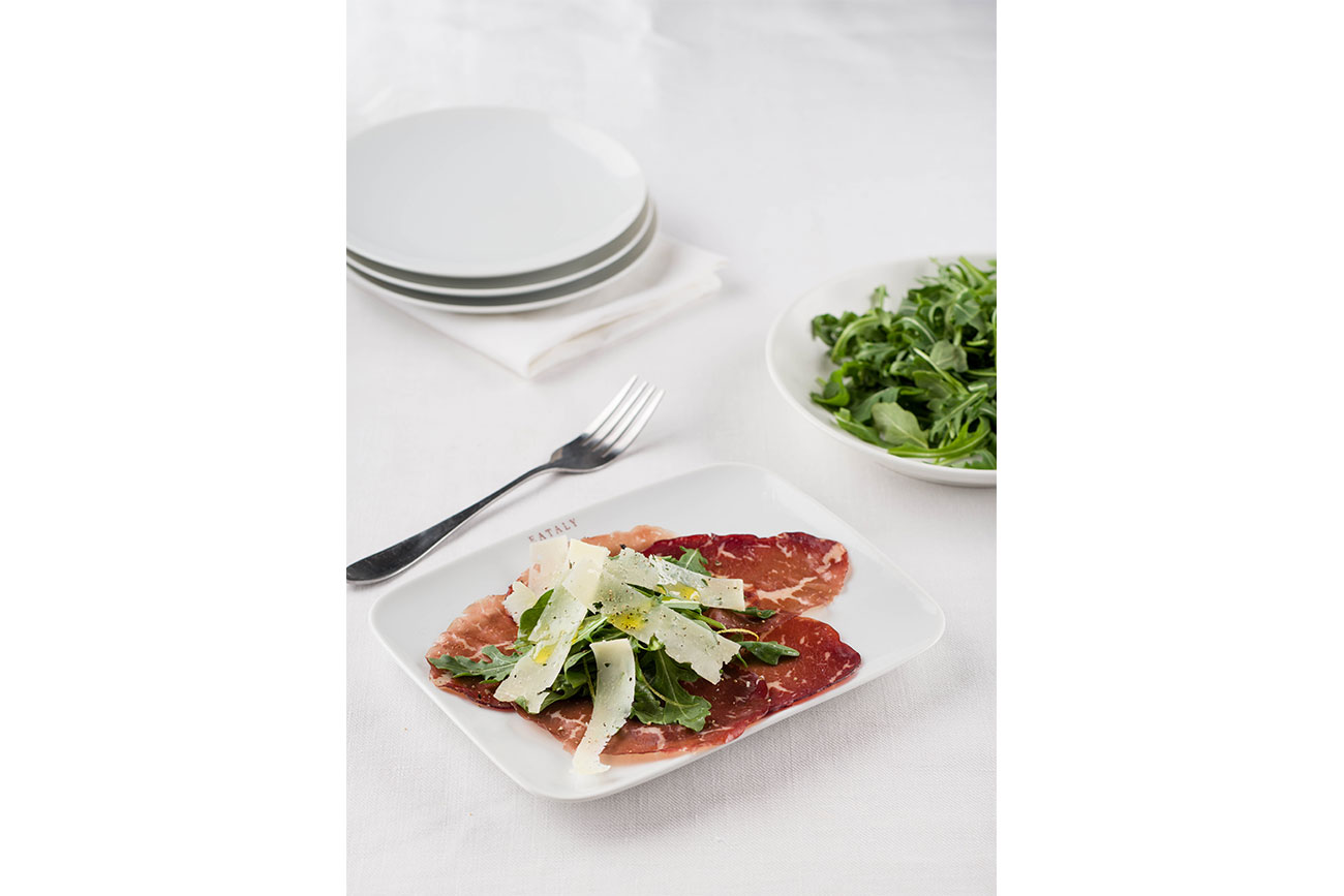 Bresaola and arugula salad