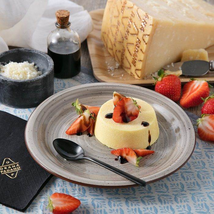 Savoury Grana Padano PDO pudding with strawberries and balsamic vinegar