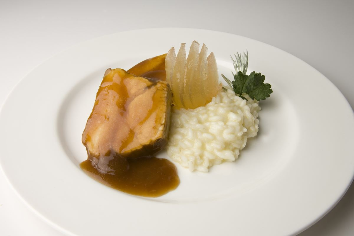 "Fresh braised ham with Cremona ""mostarda"" and cheese risotto"