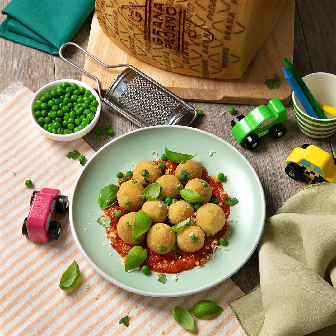 Chicken Meatballs with Baby Peas and Grana Padano in Tomato Sauce