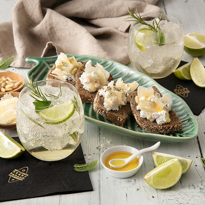 Sparkling Ginger Mule and Canapés of Ricotta, Mint, Pine Nuts, Honey and Grana Padano