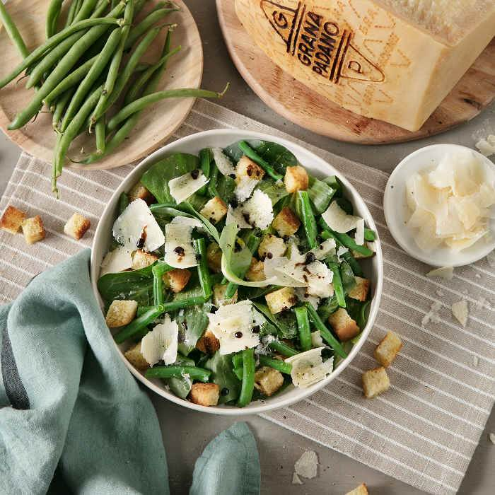 Spring Salad with Green Beans, Chicory, Croutons and Grana Padano