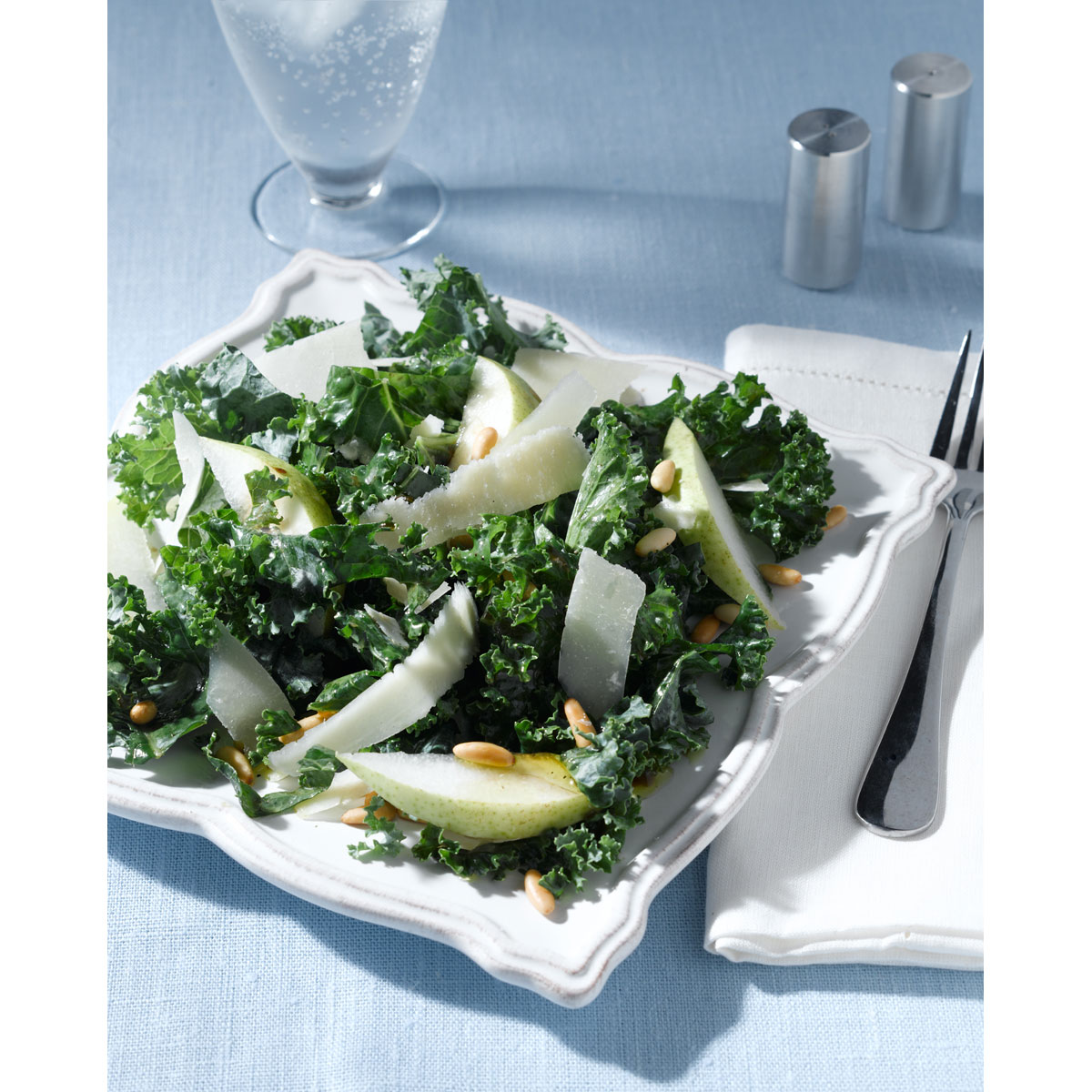 Kale salad with Grana Padano and citrus dressing