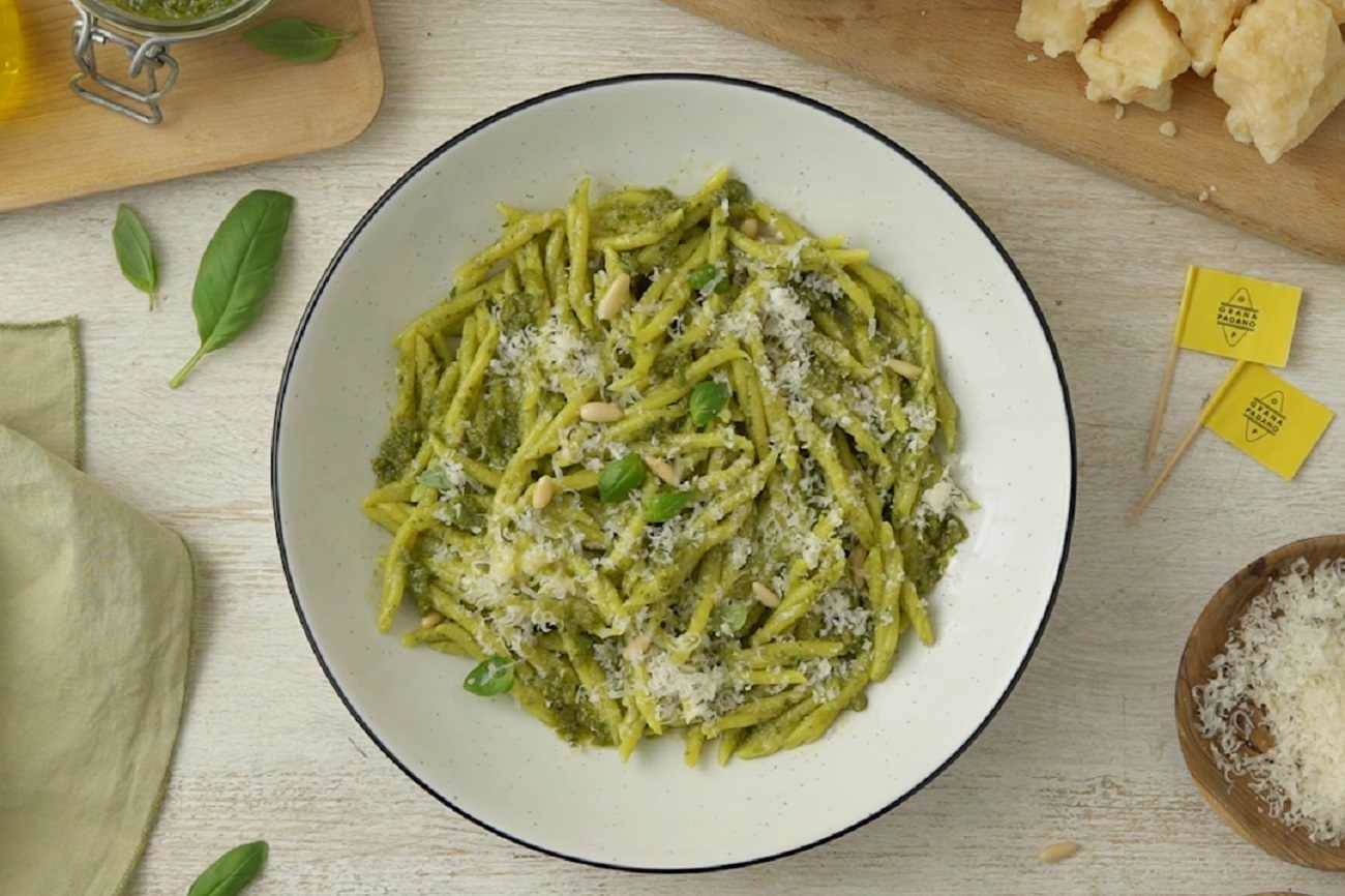 Basil pesto with Grana Padano Riserva