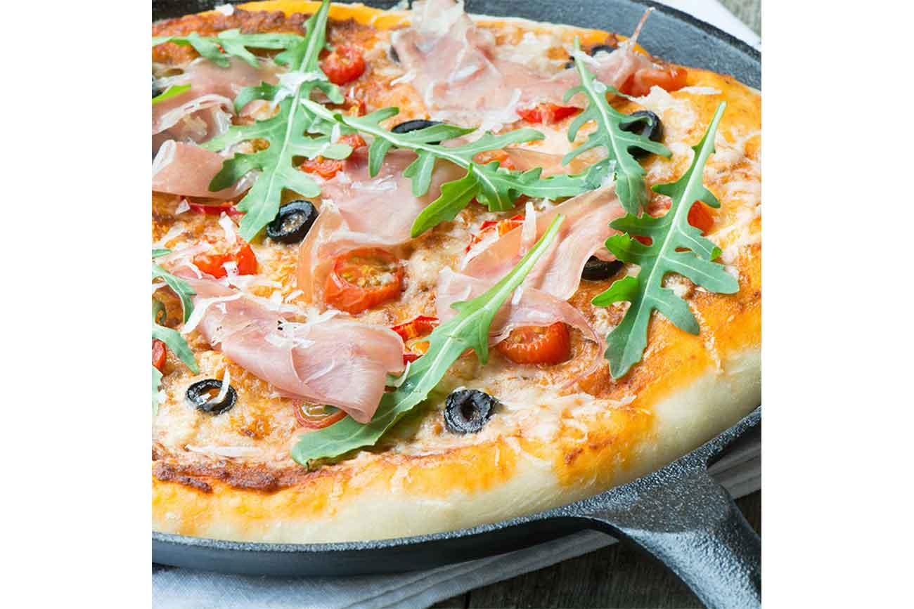 Prosciutto di San Daniele & Grana Padano Pizza, Hauptgänge, Rezepte ...