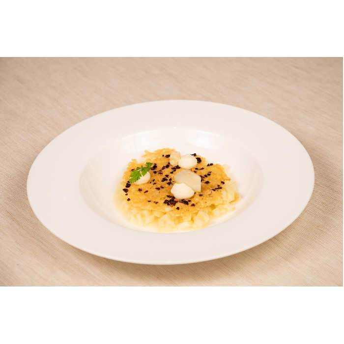 "Parsnip and pear ""risotto"", bitter cocoa tuile and Grana Padano cream"