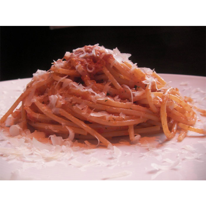 Spaghetti with Anna's pesto trapanese