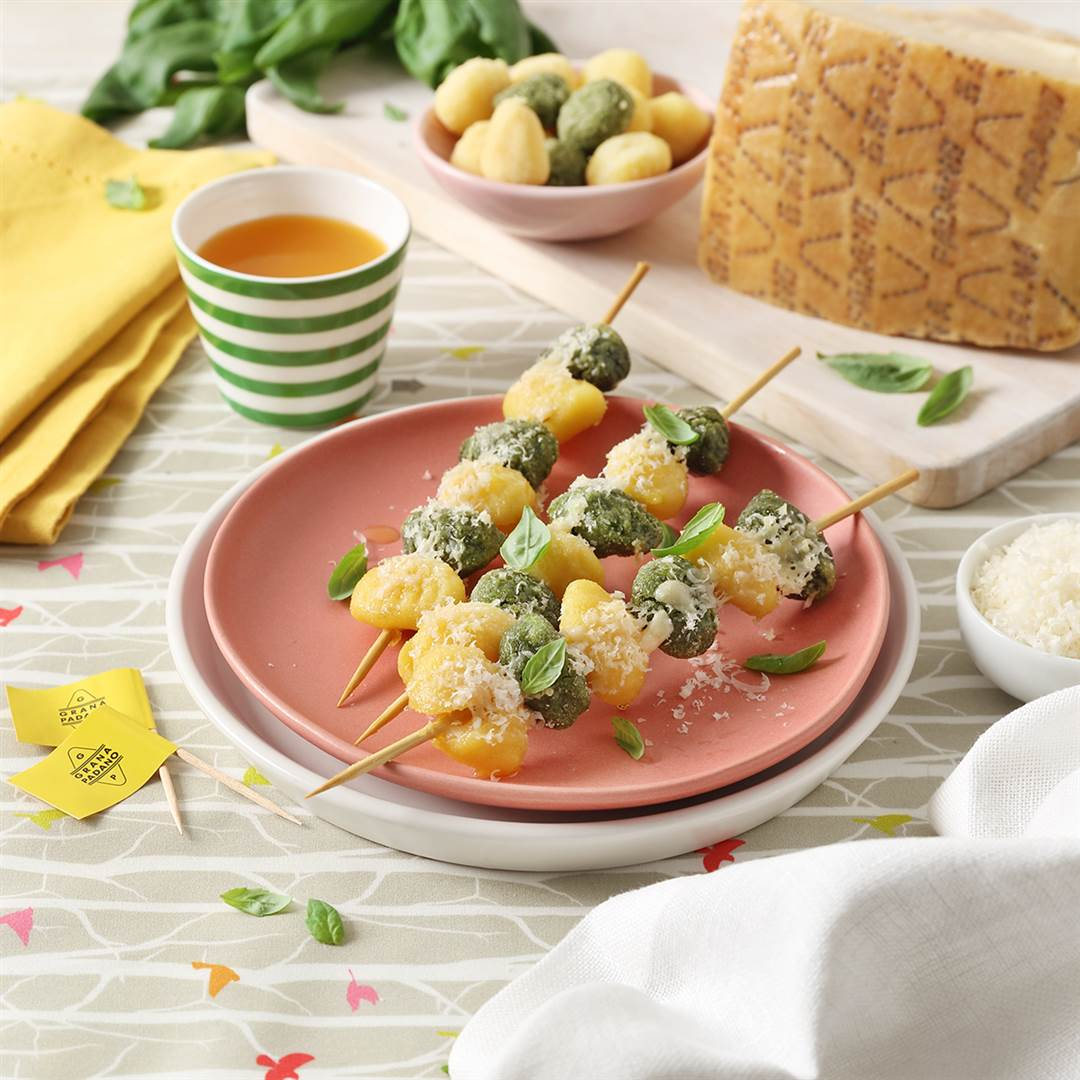 Vegetable gnocchi skewers with Grana Padano