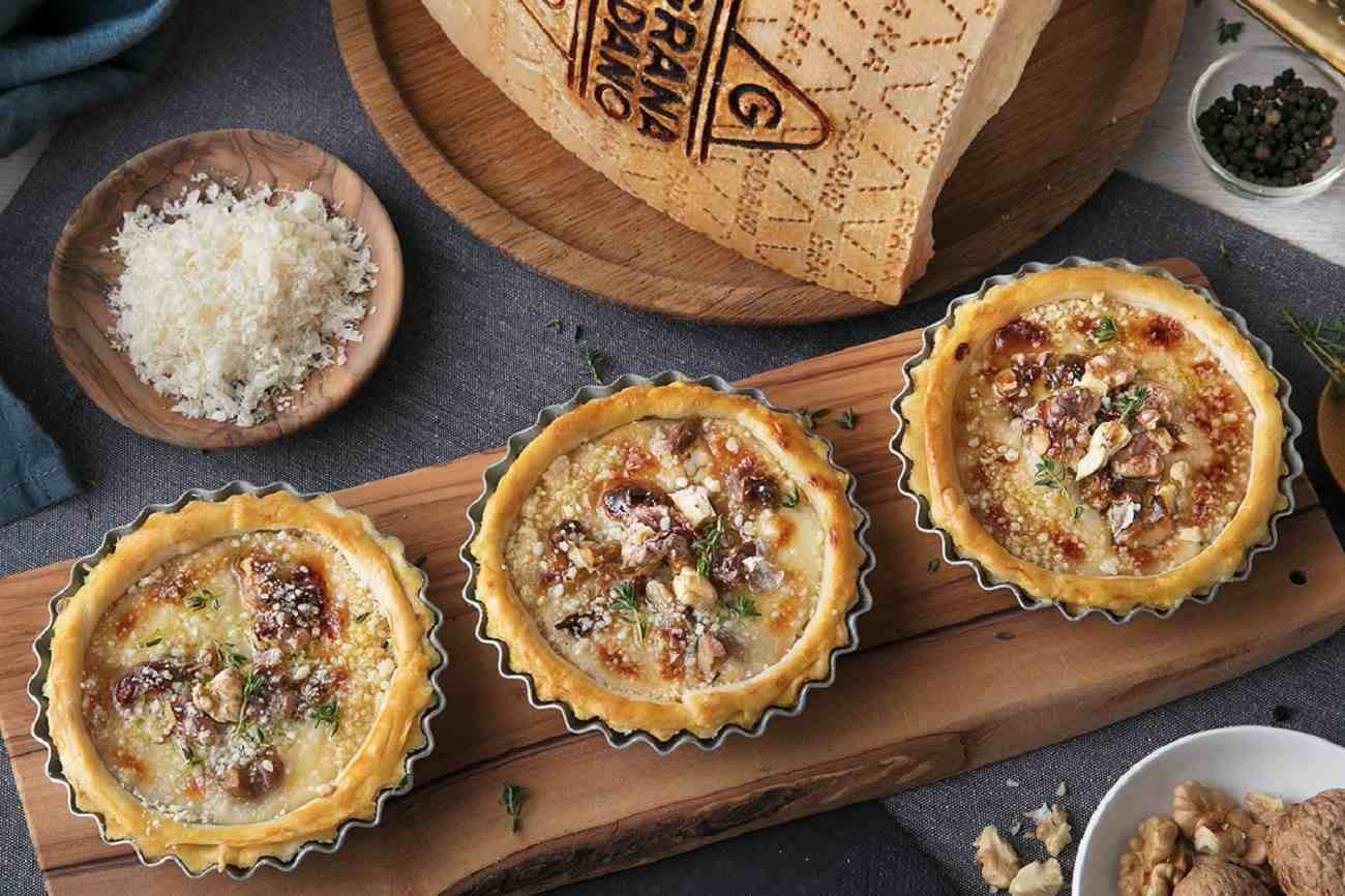 Cheese and Walnut Pies with Grana Padano and Thyme