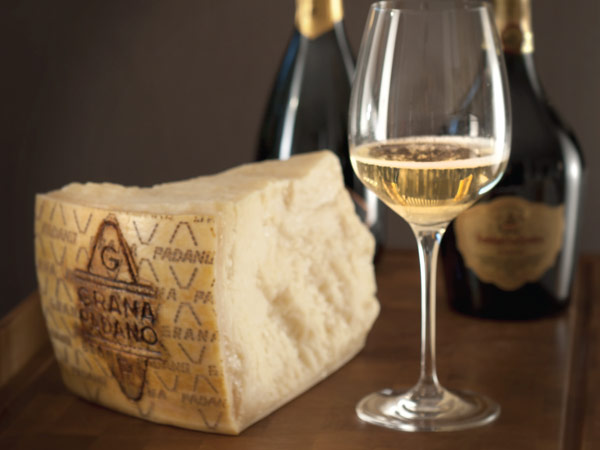 Grana Padano and bubbly