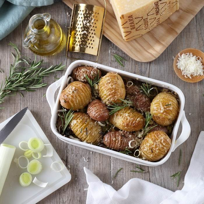 Oven-baked New Potatoes, Leeks, Rosemary and Grana Padano PDO