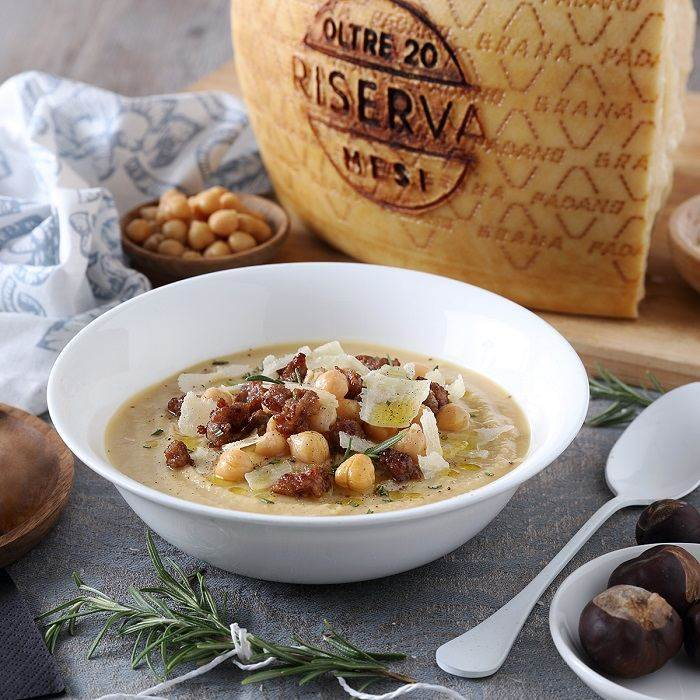 Velvety Chickpea, Chestnut and Sausage Soup with Rosemary and Grana Padano PDO RISERVA